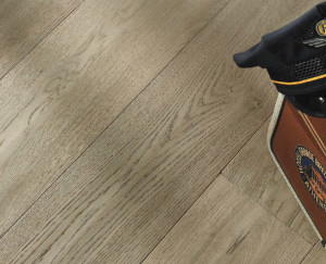 pavimento legno grigio cenere