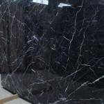 lastra di marmo nero